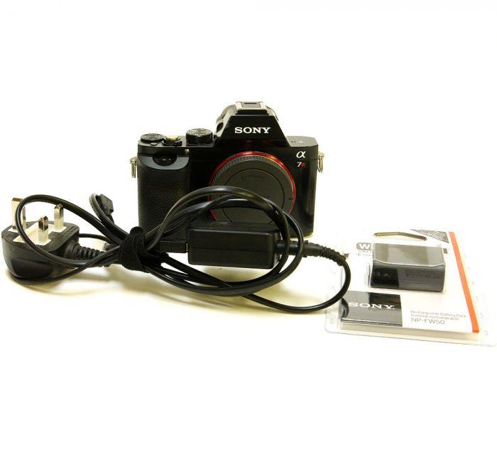 Used sony a7r digital camera body