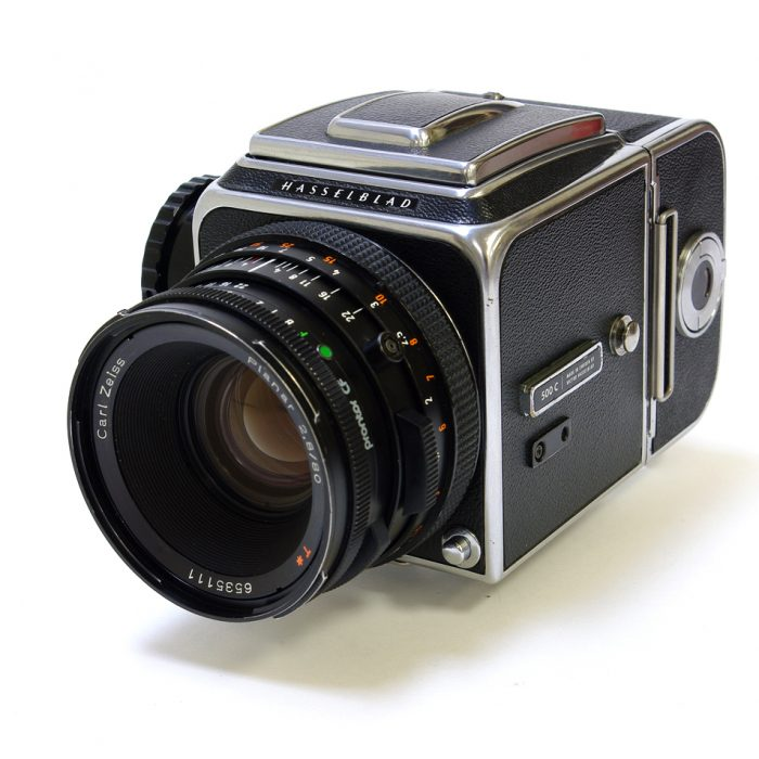 Used hasselblad 500c cw planar 80mm f2.8 cf + a12 roll film holder
