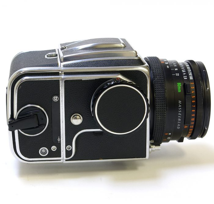 Used hasselblad 500c cw planar 80mm f2.8 cf + a12 roll film holder