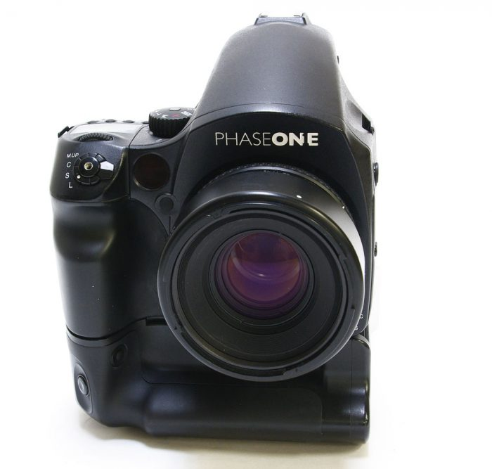 Used phase one p20+ 645 df kit .actuation count = 1049