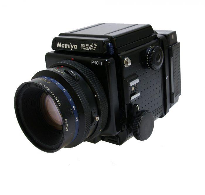 Used mamiya rz67 pro 11 cw 110mm f2.8 + 120 roll film back