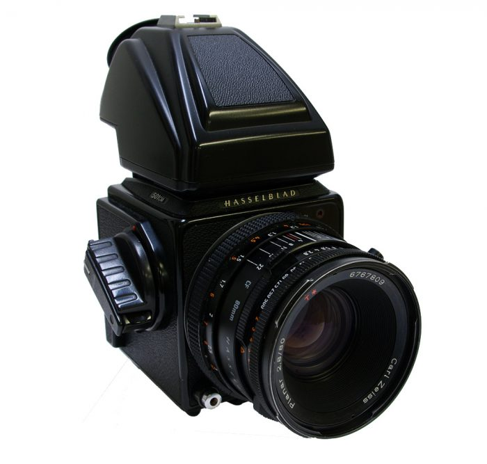Used Hasselblad 501cm Body + Prism PM45 + 80mm f2.8 CF