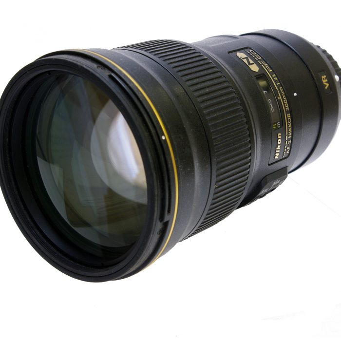 Used nikon af-s nikkor 300mm f4e pf ed vr cw hood + case boxed