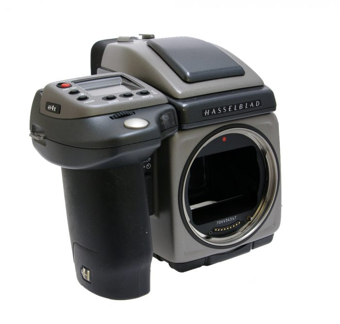 Used hasselblad h4x body with hv90x prism