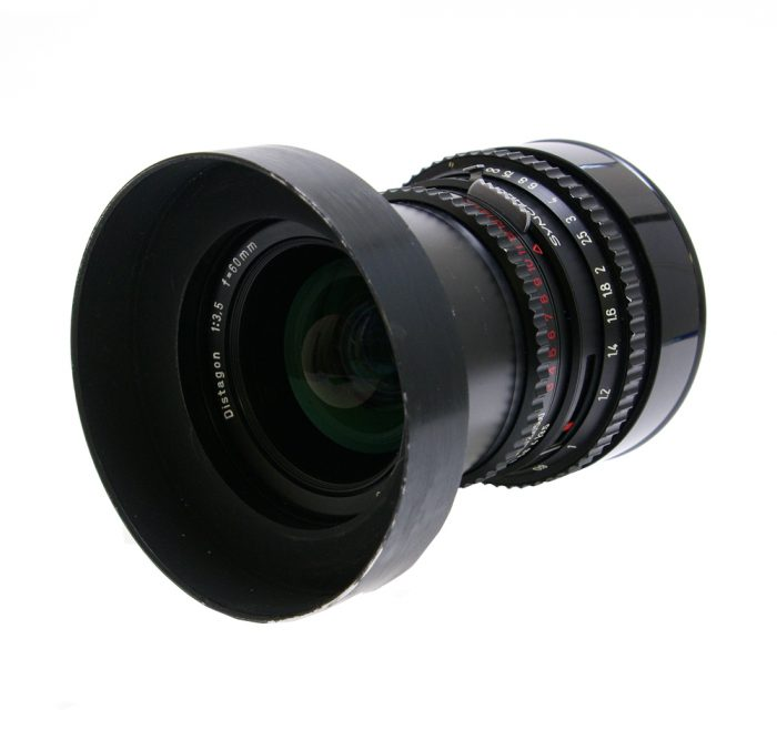 Used hasselblad distagon 60mm f3.5 c t* with hood