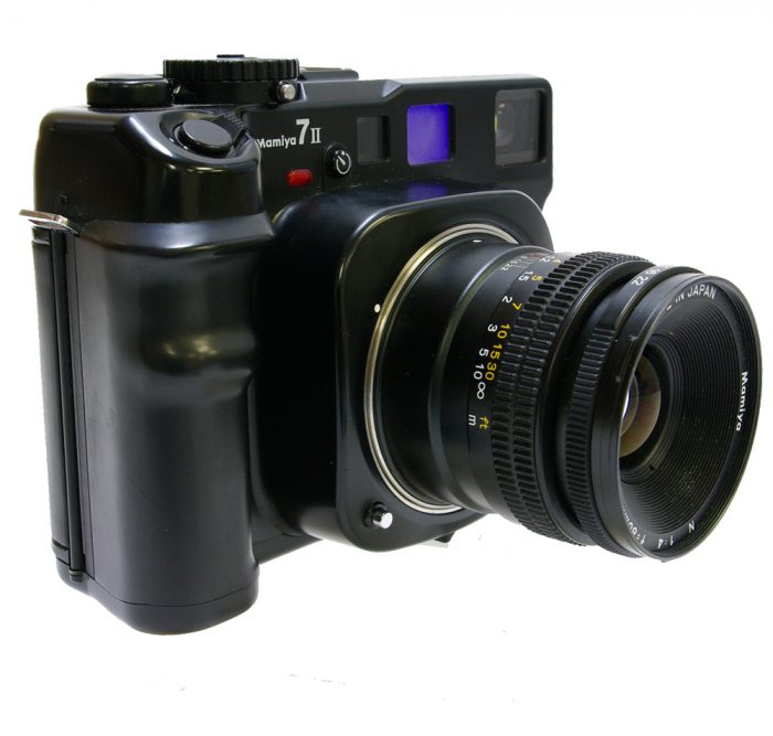 Used mamiya 7 mk11 with 80mm f4 + 150mm f4.5 l twin lens kit