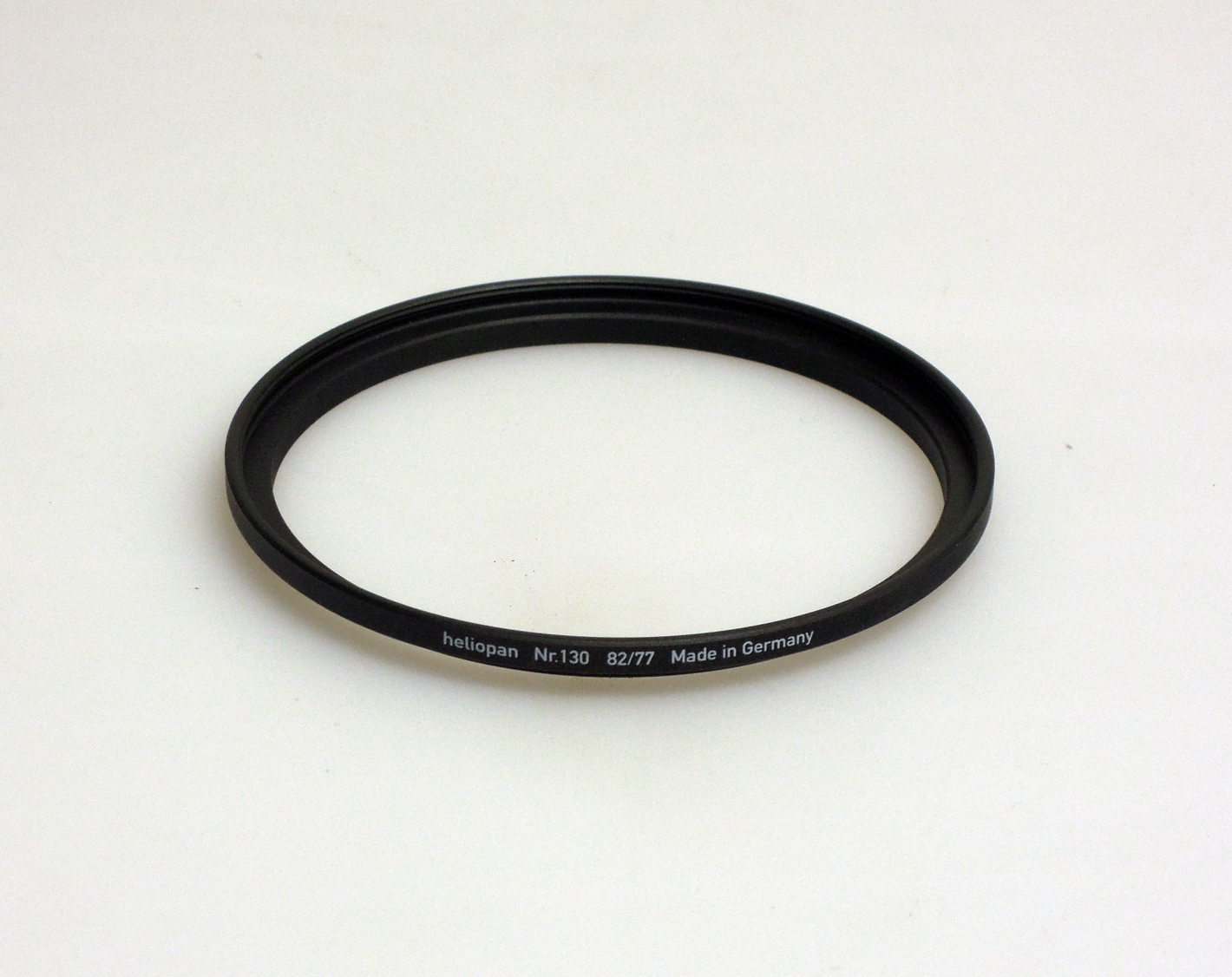 Heliopan adapter/stepping ring up to 82mm filter