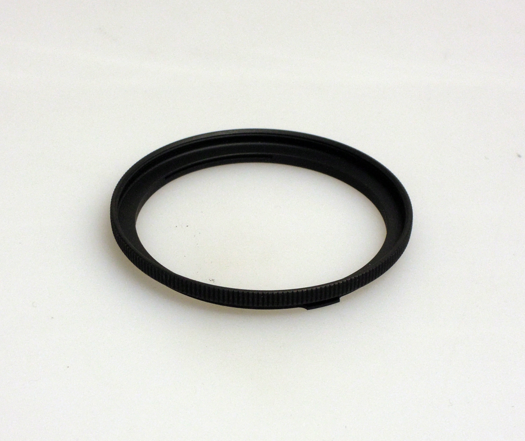 Heliopan adapter/stepping ring 52mm (filter) to bayonet 50 .