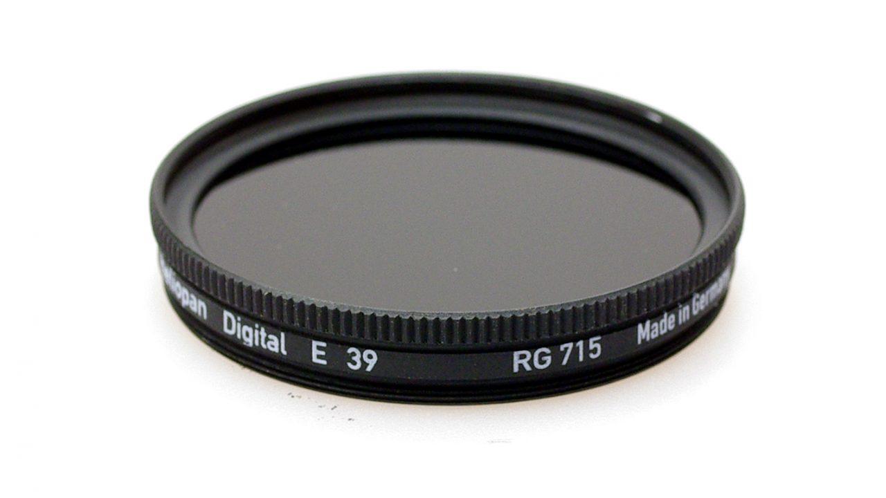 Heliopan rg715 (88a) infrared filter .