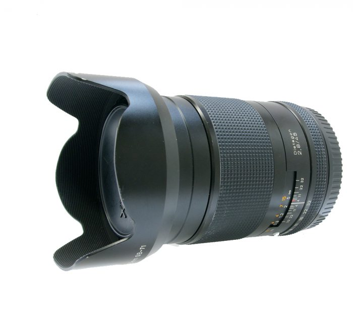 Contax 645 distagon 45mm f2.8 t* with contax metal lens hood gb-71 + case + box