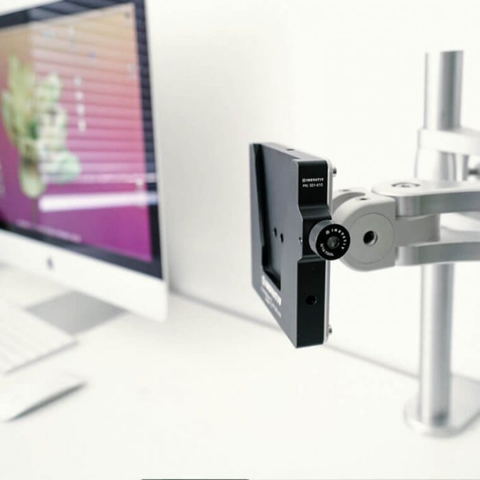 Inovativ quick release vesa monitor mount system