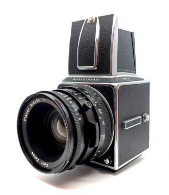 Pre-owned hasselblad 501cm body, waist level finder and 80mm planar c f2.8