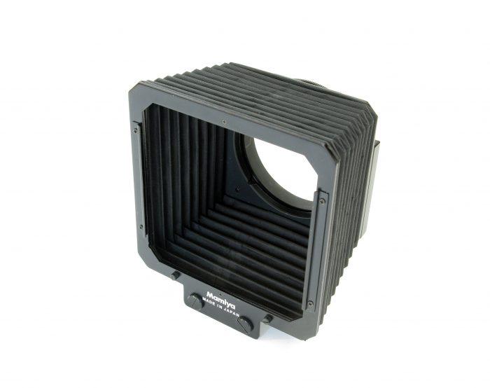 Pre-owned mamiya rz67 collapsible bellows lenshood
